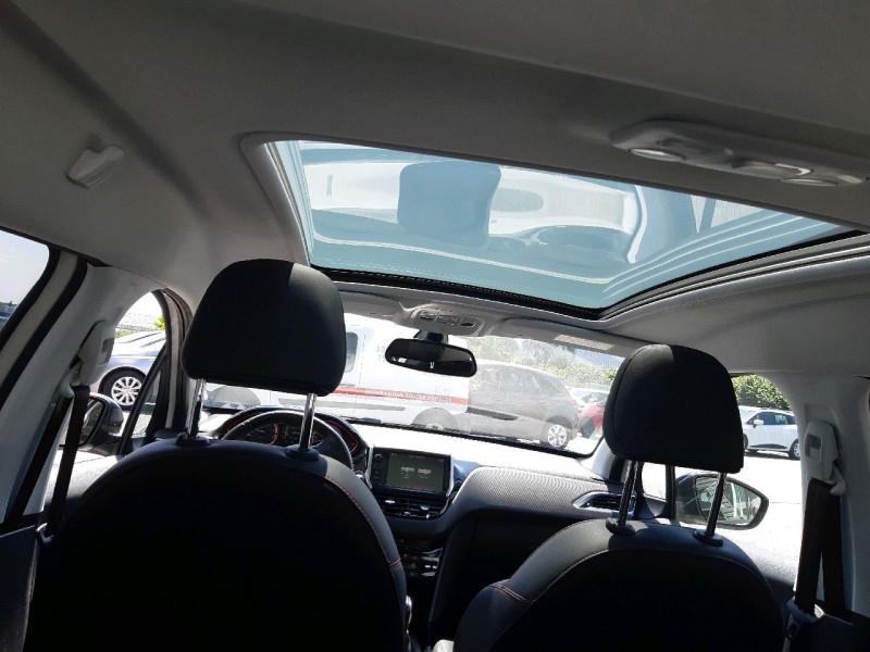 Photo 9 de l'offre de PEUGEOT 2008 1.2 PURETECH 110CH GT LINE S&S à 13490€ chez Carlyss automobiles Vitré