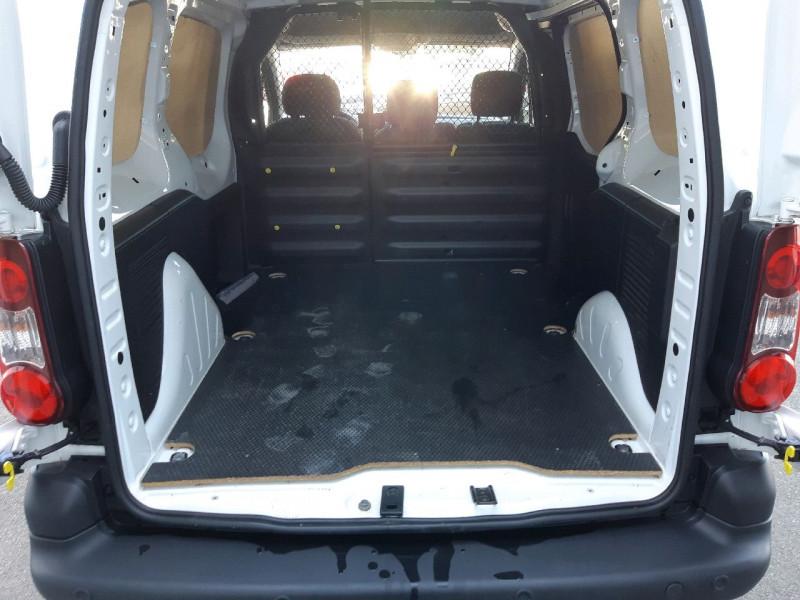 Photo 8 de l'offre de CITROEN BERLINGO M 1.6 BLUEHDI 100 S&S BUSINESS à 12990€ chez Carlyss automobiles Vitré