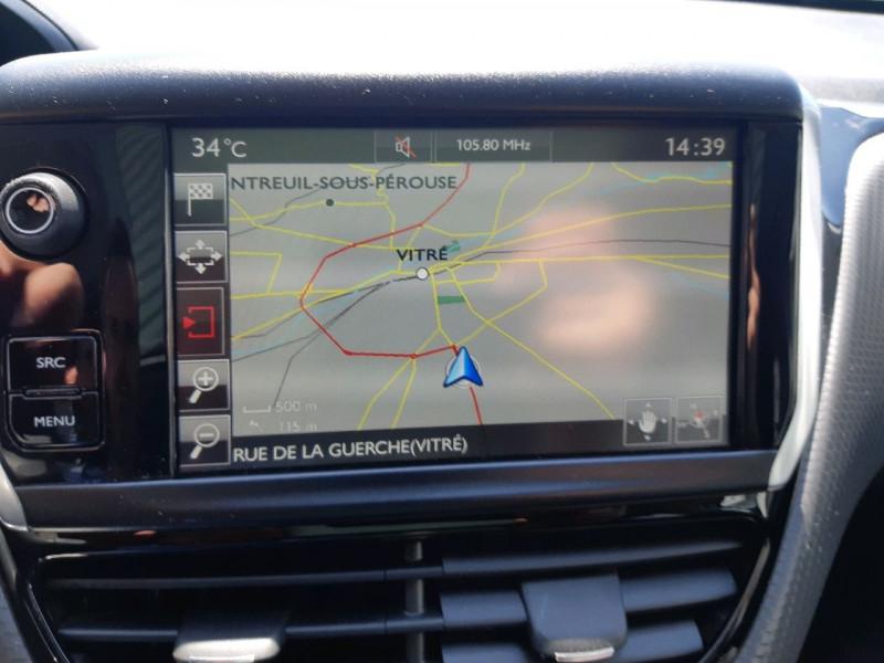 Photo 19 de l'offre de PEUGEOT 2008 1.2 PURETECH 110CH GT LINE S&S à 13490€ chez Carlyss automobiles Vitré