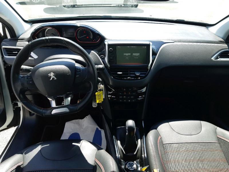 Photo 12 de l'offre de PEUGEOT 2008 1.2 PURETECH 110CH GT LINE S&S à 13490€ chez Carlyss automobiles Vitré