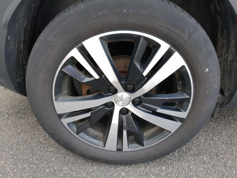 Photo 4 de l'offre de PEUGEOT 3008 1.6 BLUEHDI 120CH ALLURE S&S à 17290€ chez Carlyss automobiles Vitré
