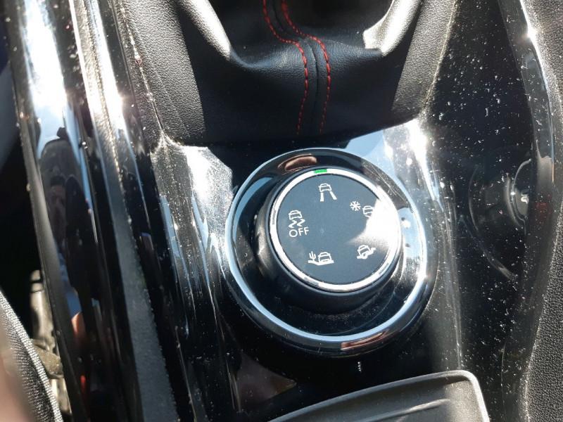 Photo 21 de l'offre de PEUGEOT 2008 1.2 PURETECH 110CH GT LINE S&S à 13490€ chez Carlyss automobiles Vitré
