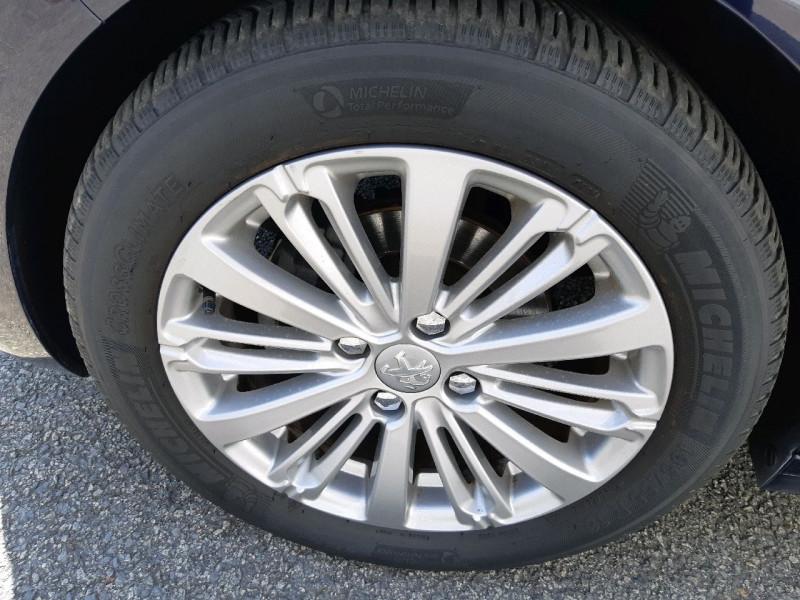 Photo 6 de l'offre de PEUGEOT 208 1.2 PURETECH 110CH ALLURE S&S EAT6 5CV 5P à 12990€ chez Carlyss automobiles Vitré
