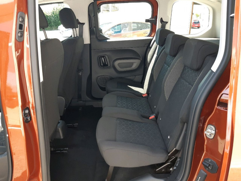 Photo 10 de l'offre de PEUGEOT RIFTER BLUEHDI 130CH S&S STANDARD ACTIVE à 22490€ chez Carlyss automobiles Vitré