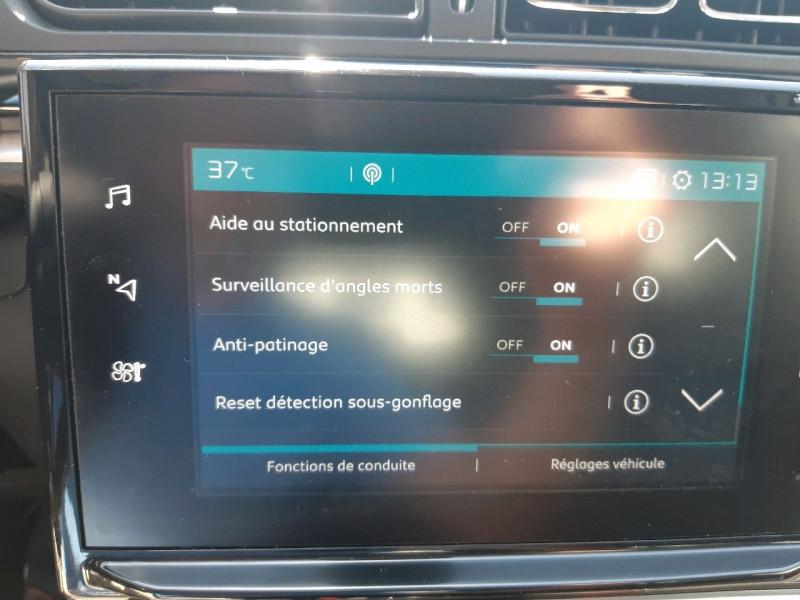 Photo 16 de l'offre de CITROEN C3 PURETECH 82CH SHINE BUSINESS à 11490€ chez Carlyss automobiles Vitré