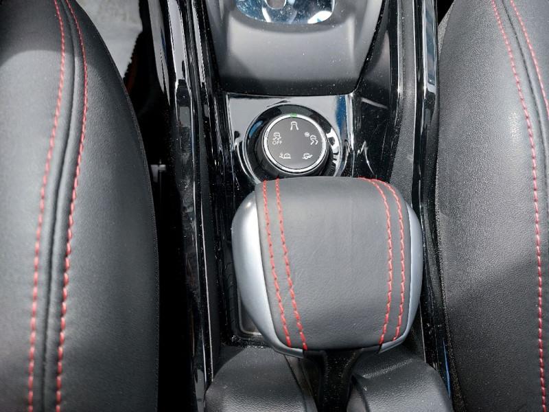 Photo 12 de l'offre de PEUGEOT 2008 1.5 BLUEHDI 120CH E6.C GT LINE S&S EAT6 à 18490€ chez Carlyss automobiles Vitré