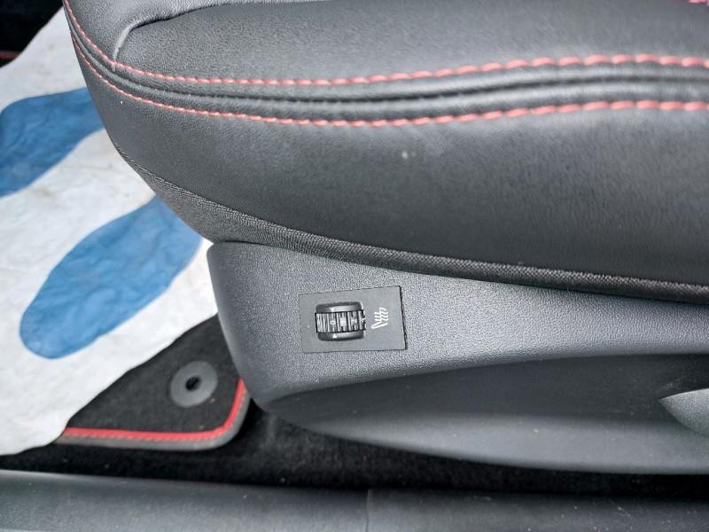Photo 8 de l'offre de PEUGEOT 2008 1.5 BLUEHDI 120CH E6.C GT LINE S&S EAT6 à 18490€ chez Carlyss automobiles Vitré
