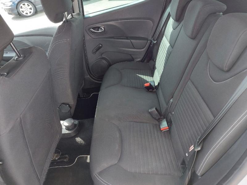 Photo 9 de l'offre de RENAULT CLIO IV 0.9 TCE 90CH ENERGY LIMITED 5P à 9490€ chez Carlyss automobiles Vitré