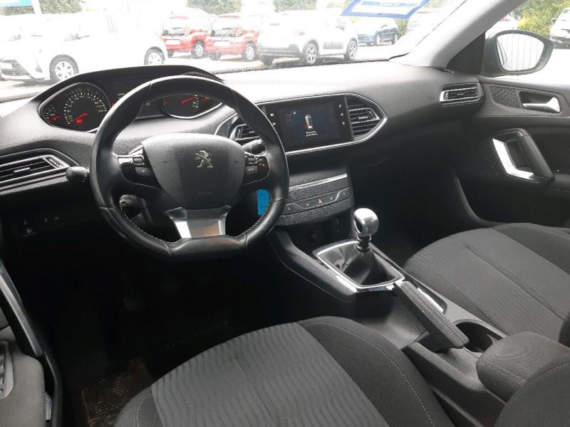 Photo 4 de l'offre de PEUGEOT 308 1.6 BLUEHDI FAP 120CH BUSINESS 5P à 10490€ chez Carlyss automobiles Vitré