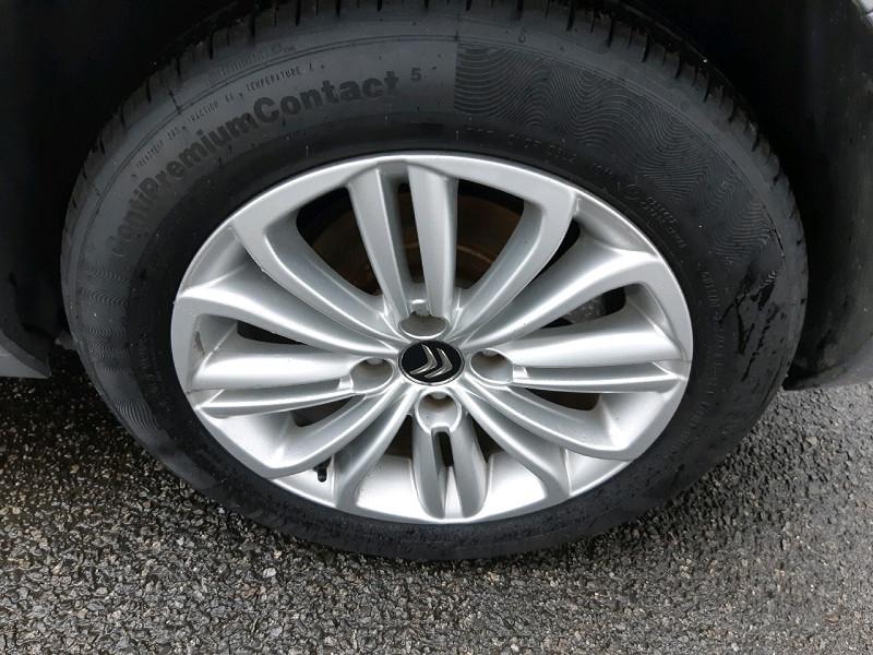 Photo 4 de l'offre de CITROEN C4 BLUEHDI 120CH MILLENIUM BUSINESS S&S à 9990€ chez Carlyss automobiles Vitré