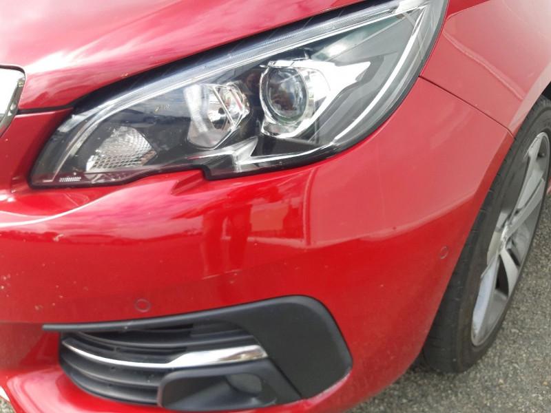Photo 4 de l'offre de PEUGEOT 308 2.0 BLUEHDI 150CH S&S ALLURE à 14790€ chez Carlyss automobiles Vitré