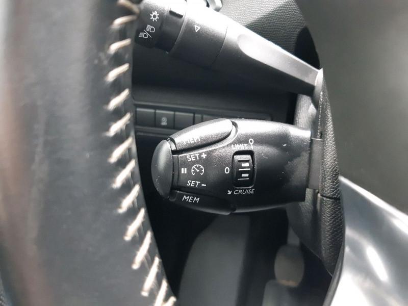 Photo 8 de l'offre de PEUGEOT 308 SW 1.5 BLUEHDI 130CH S&S ACTIVE à 14290€ chez Carlyss automobiles Vitré