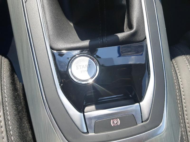 Photo 11 de l'offre de PEUGEOT 308 1.5 BLUEHDI 130CH S&S ALLURE à 16490€ chez Carlyss automobiles Vitré