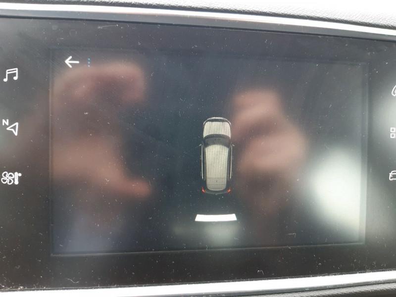 Photo 10 de l'offre de PEUGEOT 308 2.0 BLUEHDI 150CH S&S ALLURE à 18790€ chez Carlyss automobiles Vitré