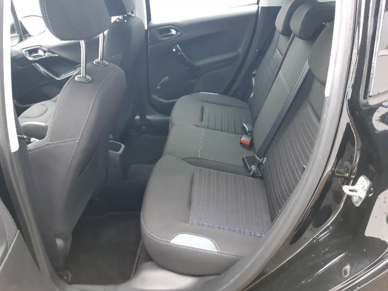 Photo 7 de l'offre de PEUGEOT 208 1.6 E-HDI115 FAP FELINE 5P à 10490€ chez Carlyss automobiles Vitré
