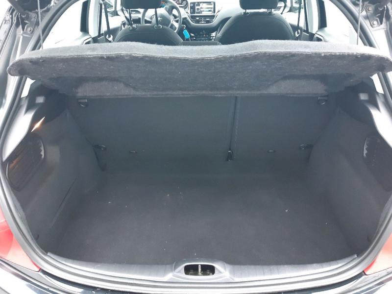 Photo 5 de l'offre de PEUGEOT 208 1.6 E-HDI115 FAP FELINE 5P à 10490€ chez Carlyss automobiles Vitré