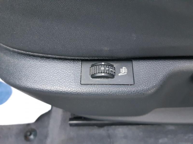 Photo 15 de l'offre de PEUGEOT 3008 1.6 BLUEHDI 120CH ALLURE S&S à 12390€ chez Carlyss automobiles Vitré