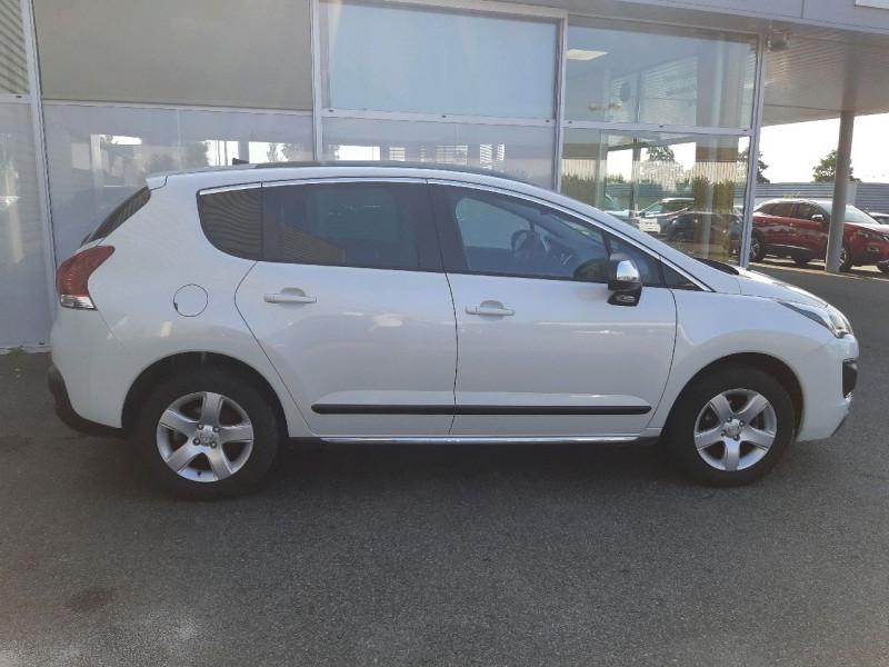 Photo 2 de l'offre de PEUGEOT 3008 1.6 BLUEHDI 120CH ALLURE S&S à 12390€ chez Carlyss automobiles Vitré