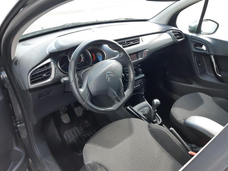 Photo 5 de l'offre de CITROEN C3 1.2 VTI PURETECH COLLECTION II à 7990€ chez Carlyss automobiles Vitré