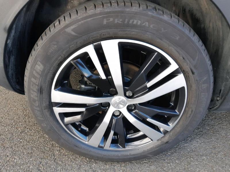 Photo 4 de l'offre de PEUGEOT 3008 1.6 BLUEHDI 120CH ALLURE S&S à 16990€ chez Carlyss automobiles Vitré