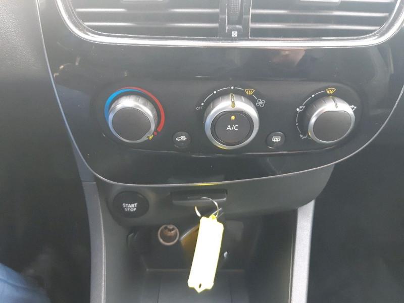 Photo 8 de l'offre de RENAULT CLIO IV ESTATE 1.5 DCI 90CH ENERGY ZEN EURO6C à 8490€ chez Carlyss automobiles Vitré