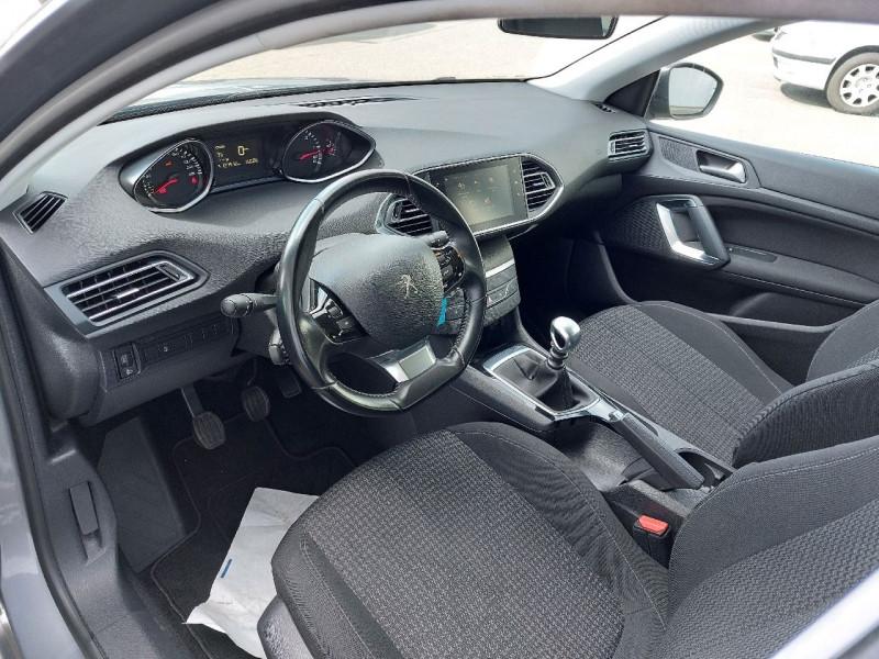 Photo 8 de l'offre de PEUGEOT 308 SW 1.5 BLUEHDI 130CH S&S ACTIVE à 11990€ chez Carlyss automobiles Vitré