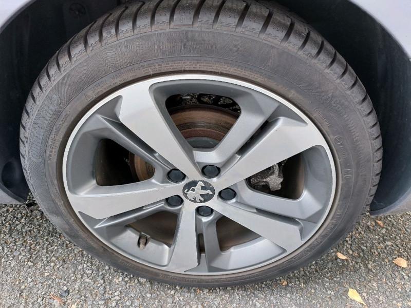 Photo 6 de l'offre de PEUGEOT 308 SW 1.5 BLUEHDI 130CH S&S ACTIVE à 11990€ chez Carlyss automobiles Vitré