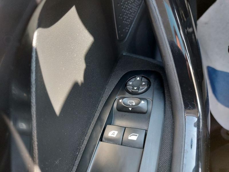 Photo 12 de l'offre de PEUGEOT 208 1.2 PURETECH 82CH ACTIVE 5P à 9490€ chez Carlyss automobiles Vitré