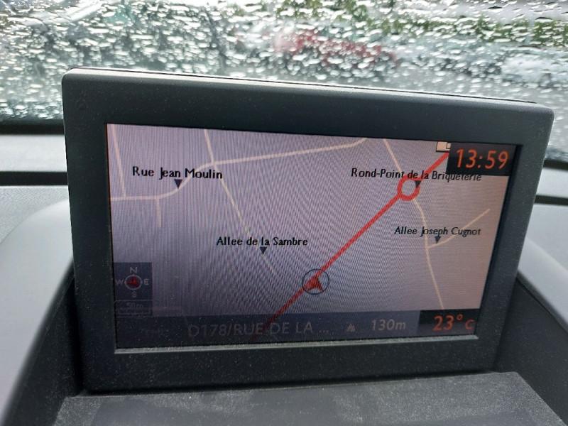 Photo 13 de l'offre de PEUGEOT 3008 2.0 HDI150 FAP ALLURE à 10990€ chez Carlyss automobiles Vitré