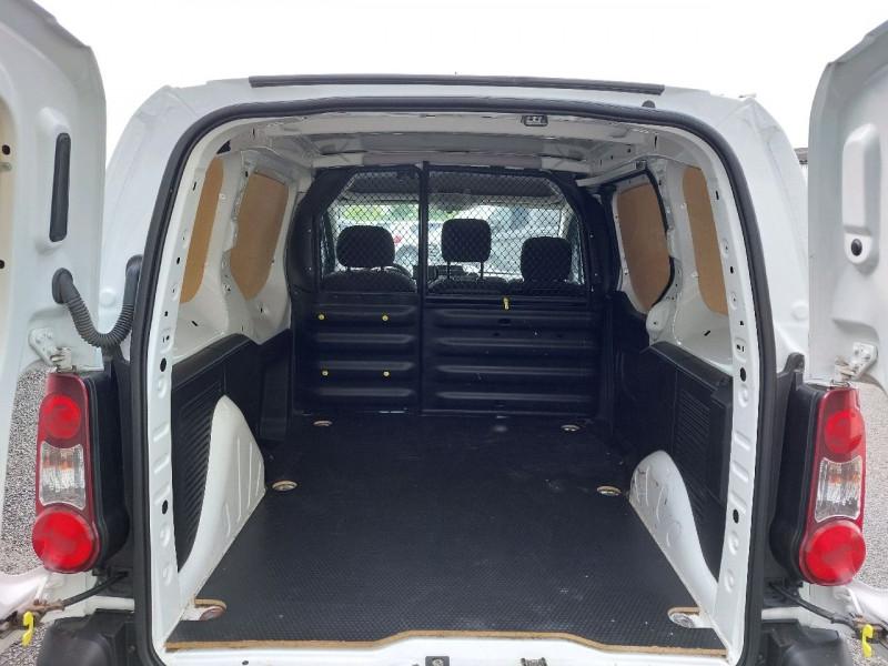 Photo 4 de l'offre de CITROEN BERLINGO M 1.6 BLUEHDI 100 CLUB à 12490€ chez Carlyss automobiles Vitré