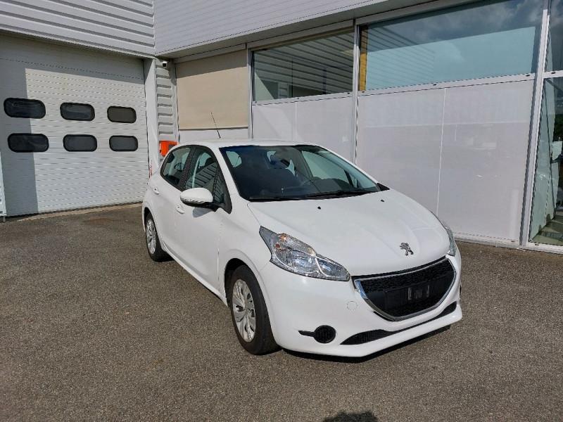 Photo 1 de l'offre de PEUGEOT 208 1.2 PURETECH 82CH ACTIVE 5P à 8690€ chez Carlyss automobiles Vitré