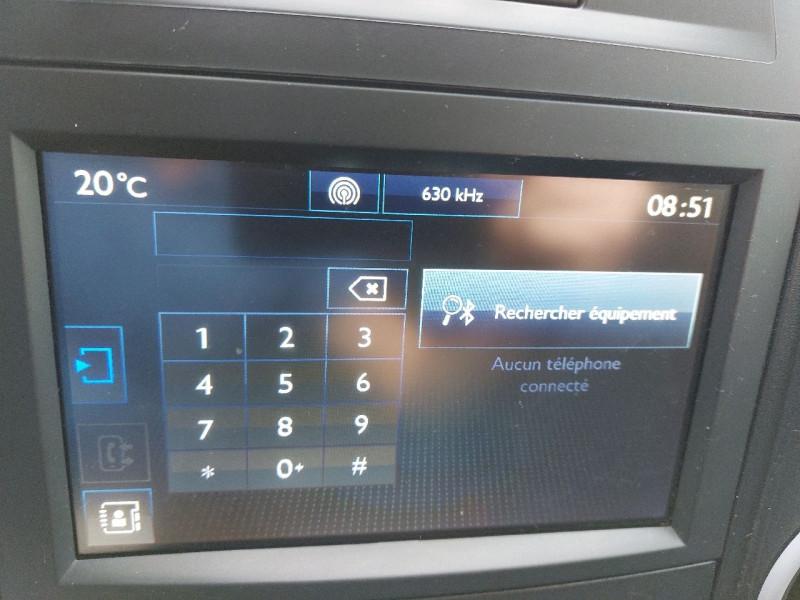 Photo 11 de l'offre de PEUGEOT PARTNER LONG 1.6 BLUEHDI 100CH PREMIUM à 12990€ chez Carlyss automobiles Vitré