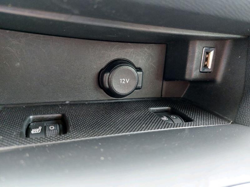 Photo 13 de l'offre de PEUGEOT 308 SW 1.5 BLUEHDI 130CH S&S ALLURE à 15290€ chez Carlyss automobiles Vitré
