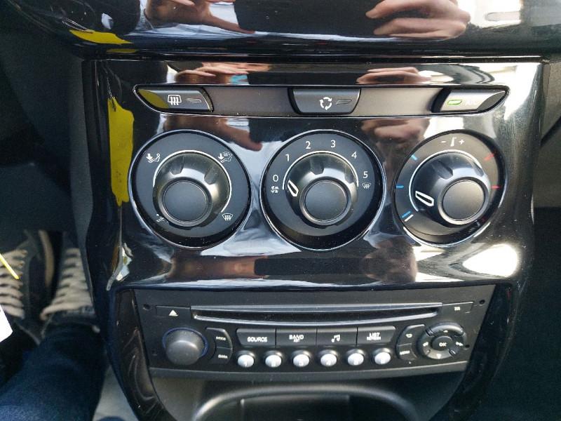 Photo 10 de l'offre de CITROEN C3 1.2 VTI COLLECTION II à 8290€ chez Carlyss automobiles Vitré