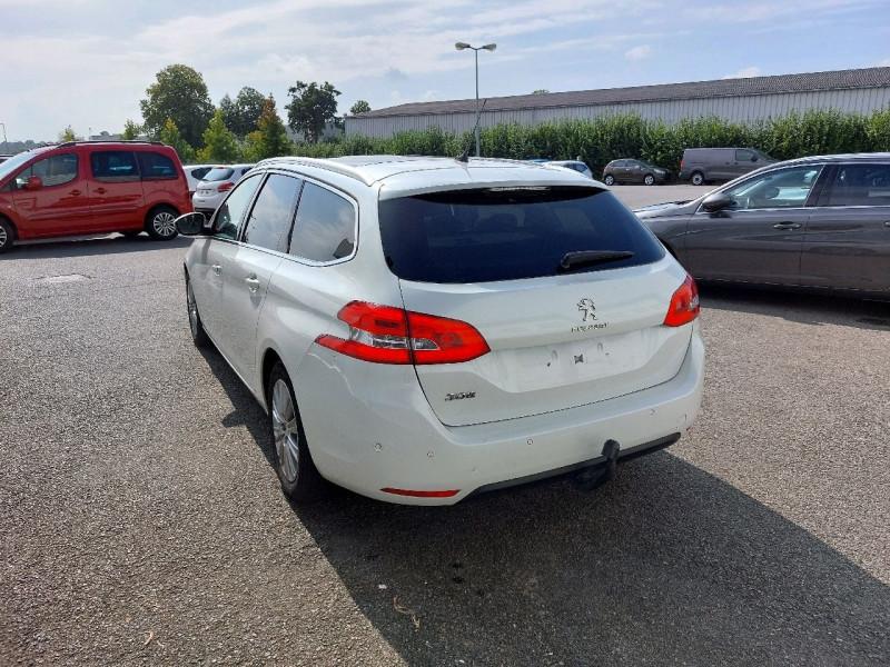 Photo 5 de l'offre de PEUGEOT 308 SW 1.6 BLUEHDI 120CH S&S ALLURE EAT6 à 13490€ chez Carlyss automobiles Vitré