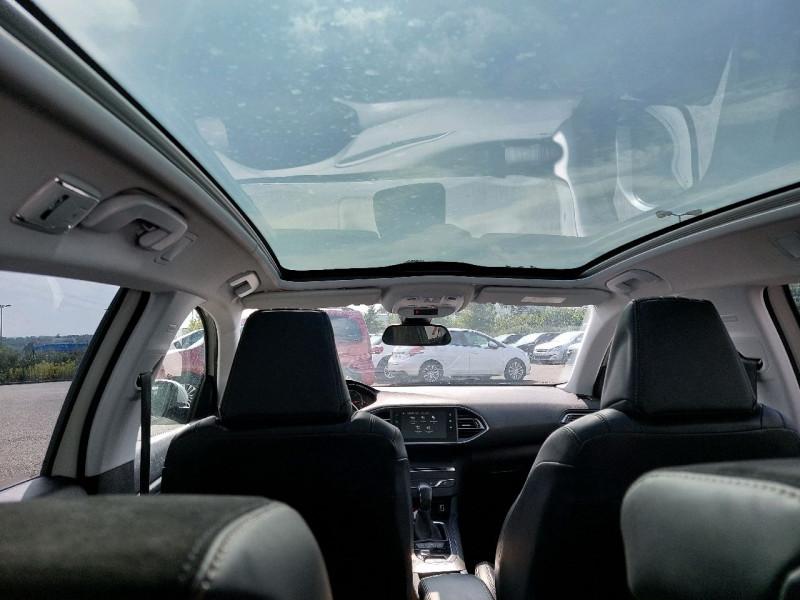 Photo 10 de l'offre de PEUGEOT 308 SW 1.6 BLUEHDI 120CH S&S ALLURE EAT6 à 13490€ chez Carlyss automobiles Vitré