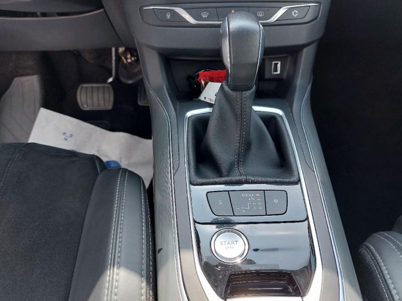 Photo 14 de l'offre de PEUGEOT 308 SW 1.6 BLUEHDI 120CH S&S ALLURE EAT6 à 13490€ chez Carlyss automobiles Vitré
