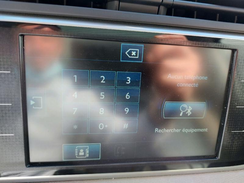 Photo 18 de l'offre de CITROEN GRAND C4 PICASSO BLUEHDI 150CH EXCLUSIVE S&S à 16490€ chez Carlyss automobiles Vitré