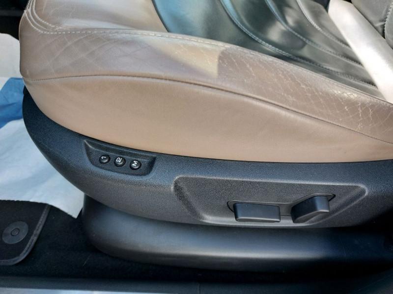 Photo 9 de l'offre de CITROEN GRAND C4 PICASSO BLUEHDI 150CH EXCLUSIVE S&S à 16490€ chez Carlyss automobiles Vitré