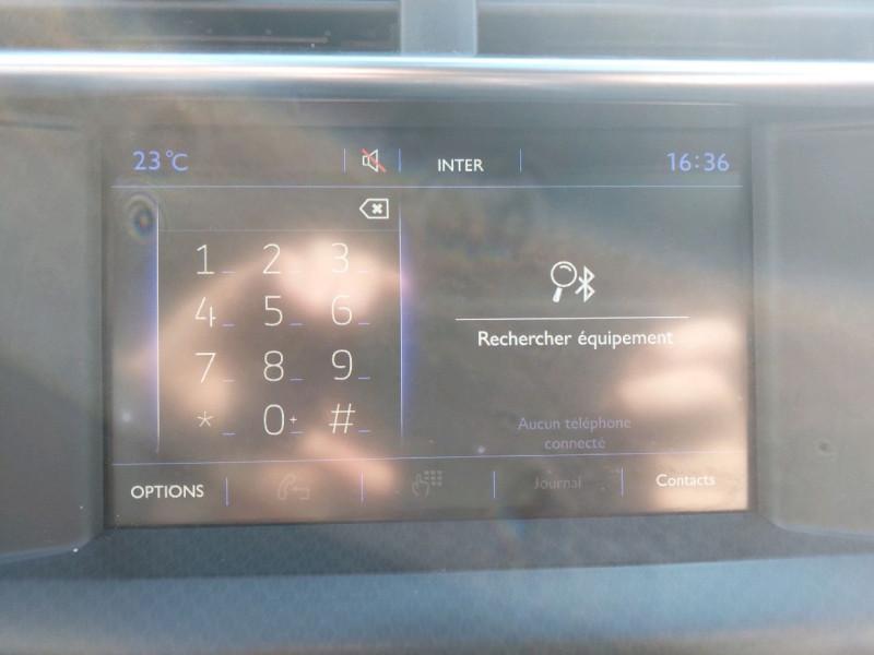 Photo 15 de l'offre de DS DS 4 BLUEHDI 150CH SO CHIC S&S à 15490€ chez Carlyss automobiles Vitré