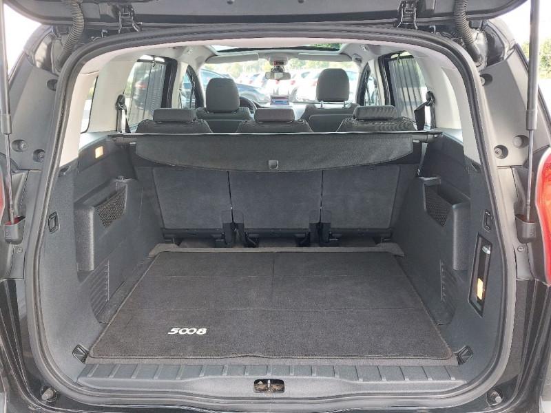 Photo 6 de l'offre de PEUGEOT 5008 2.0 HDI FAP PREMIUM PACK 5PL à 8490€ chez Carlyss automobiles Vitré