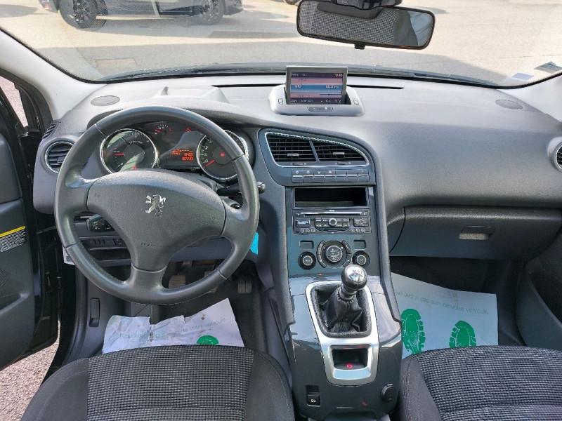 Photo 12 de l'offre de PEUGEOT 5008 2.0 HDI FAP PREMIUM PACK 5PL à 8490€ chez Carlyss automobiles Vitré