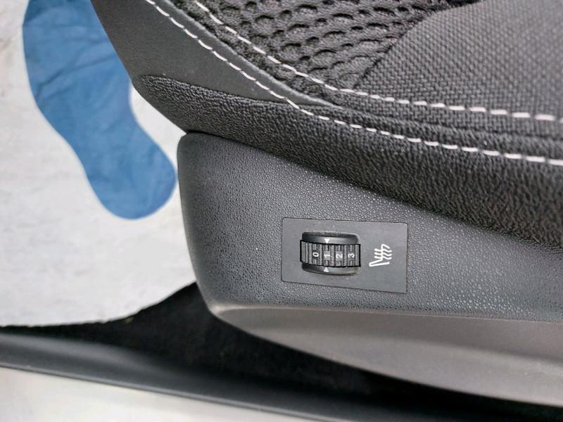Photo 10 de l'offre de DS DS 3 PURETECH 110CH BE CHIC S&S à 13490€ chez Carlyss automobiles Vitré