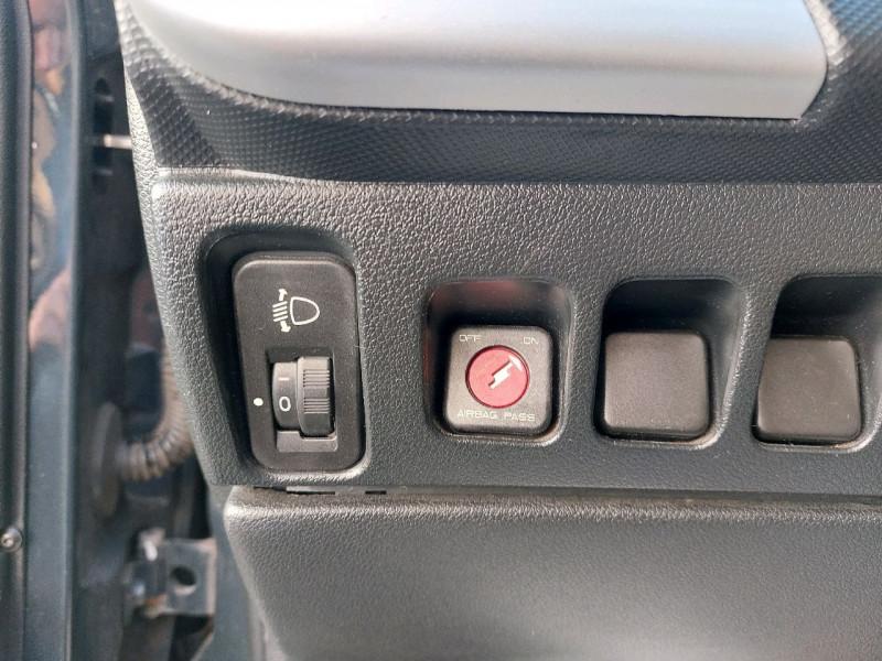 Photo 9 de l'offre de PEUGEOT 206 + 1.1 URBAN 3P à 4990€ chez Carlyss automobiles Vitré