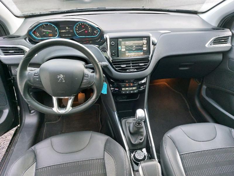 Photo 9 de l'offre de PEUGEOT 2008 1.6 E-HDI115 FAP ALLURE à 12290€ chez Carlyss automobiles Vitré