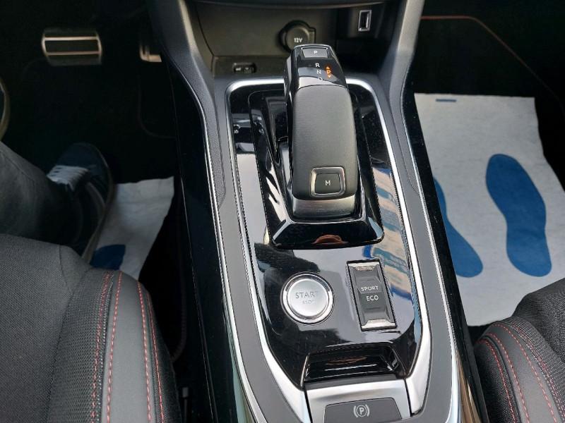 Photo 12 de l'offre de PEUGEOT 308 1.5 BLUEHDI 130CH S&S GT LINE EAT8 à 21790€ chez Carlyss automobiles Vitré