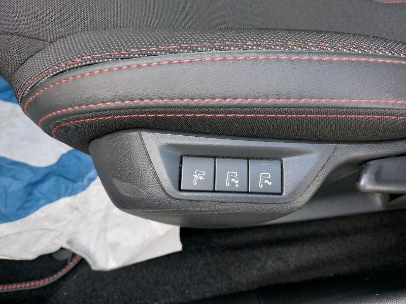 Photo 10 de l'offre de PEUGEOT 308 1.5 BLUEHDI 130CH S&S GT LINE EAT8 à 21790€ chez Carlyss automobiles Vitré