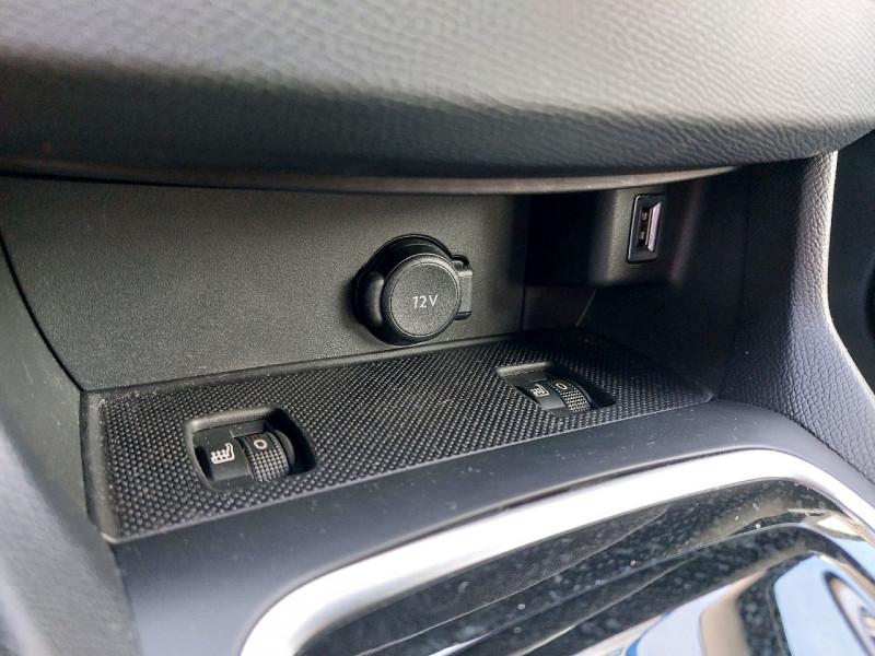 Photo 18 de l'offre de PEUGEOT 308 1.5 BLUEHDI 130CH S&S GT LINE EAT8 à 21790€ chez Carlyss automobiles Vitré