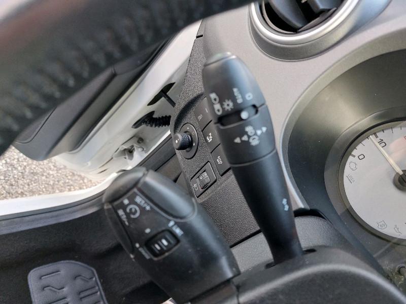 Photo 16 de l'offre de CITROEN BERLINGO BLUEHDI 120CH SHINE S&S à 13990€ chez Carlyss automobiles Vitré