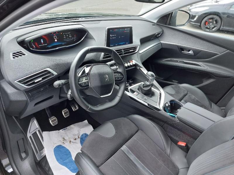 Photo 11 de l'offre de PEUGEOT 3008 1.5 BLUEHDI 130CH E6.C CROSSWAY S&S à 25490€ chez Carlyss automobiles Vitré